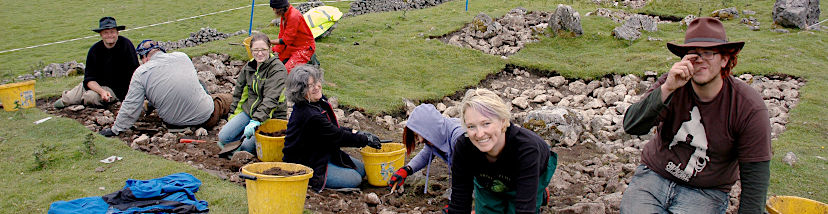banner-social-science-students-on-wales-archeological-dig